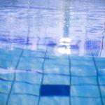 夏が苦手で外で動くのが嫌なら水中で動こう。色々効果がありますよ!